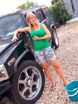 Cleaning up the hummer