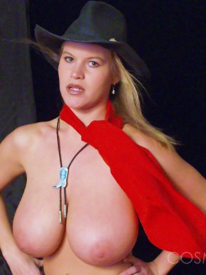 Nice hat & boobs