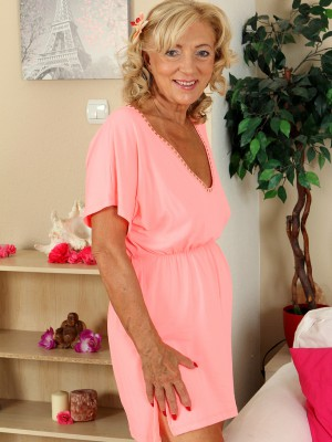 65 year old housewife Kamilla putting on a very fantastic strip show here