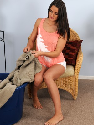 Marvelous older Misty Anderson stetching out her tanned defined boday
