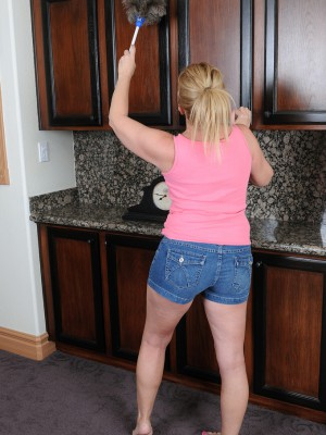 Lewd 53 year older housewife Summer Sands doing insane domestic services
