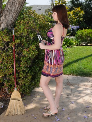 Giggly Addie Juniper widens her aged long soles when you look at the yard
