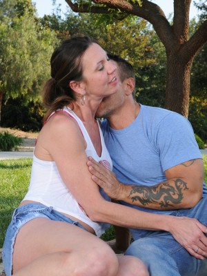 Slutty aged Jizzabelle acquires some outdoor action along with her hung man pal