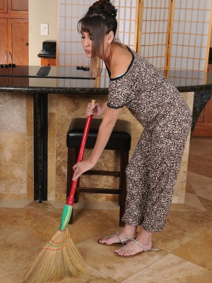 Decadent Oriental honey Jade Hsu cleans household and peels off down for significantly playtime