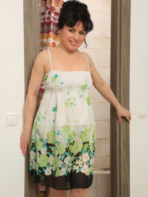 Insane housewife Nataly disrobes and showers