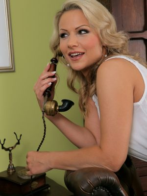 Cool blonde Holly B gets a gazoo call