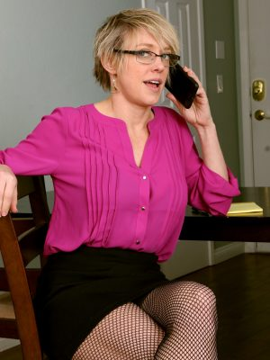 Super Sexy Secretary Dee Williams