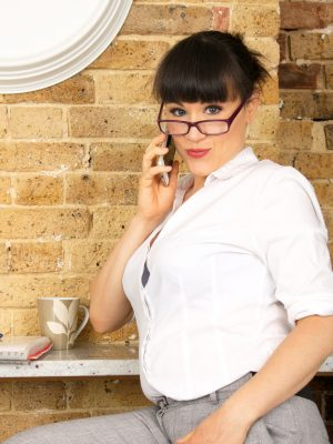 Lucy Love Hot Secretary