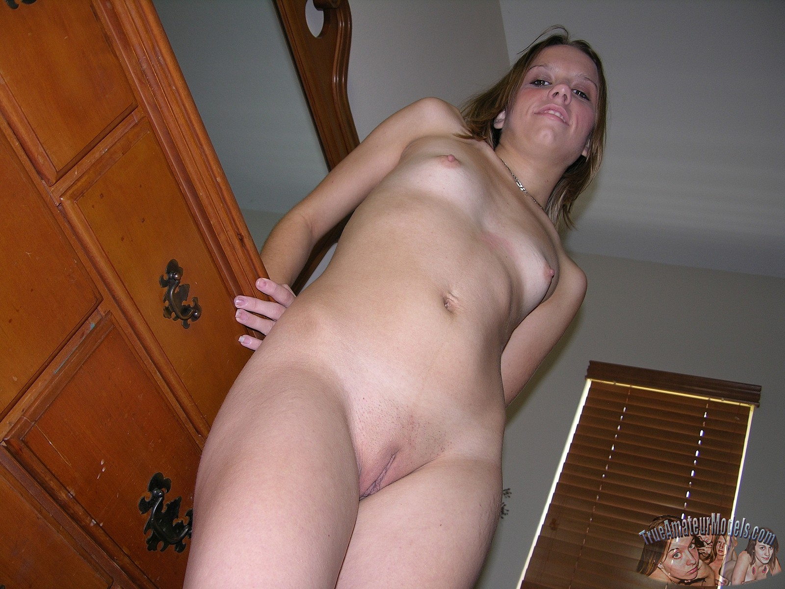 Sexy sucking wife