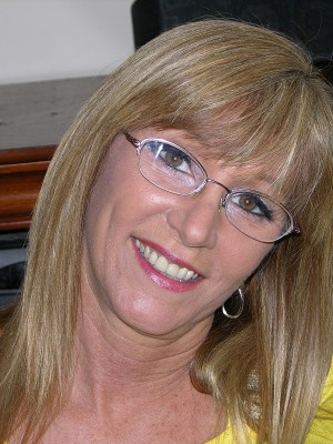 Can Nude milf wearing glasses happens