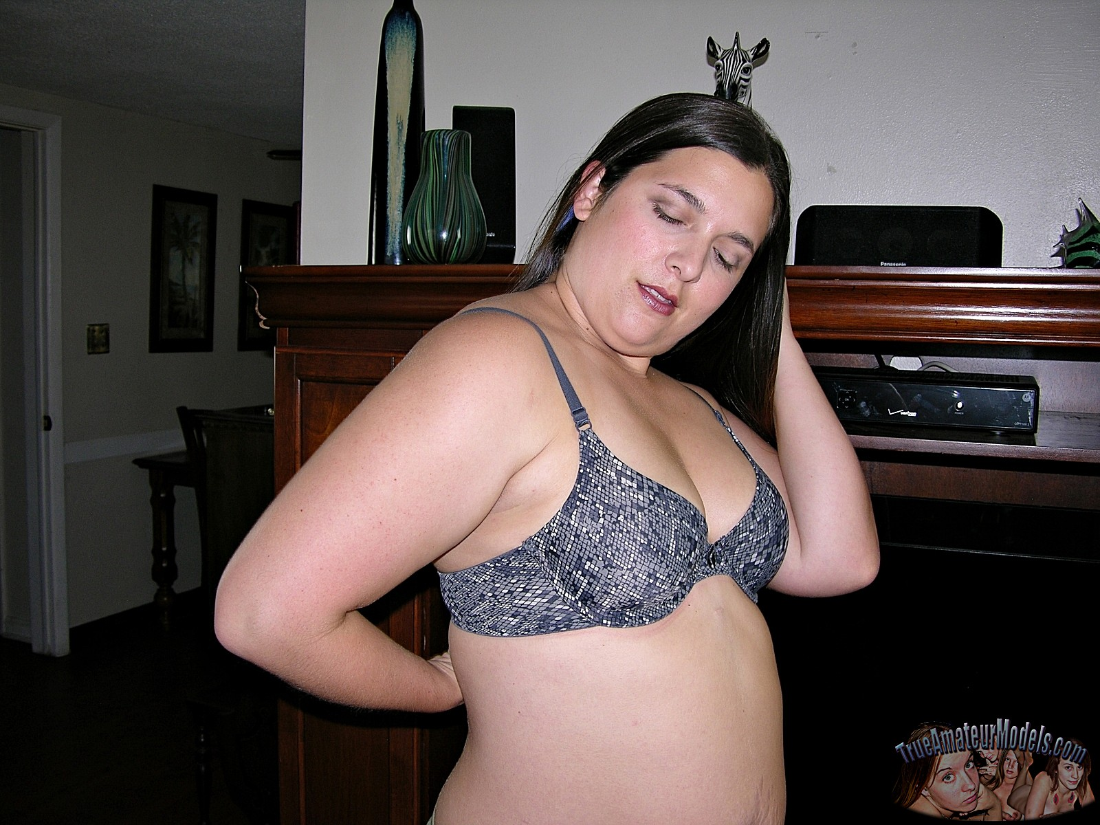 Hot Chubby Amateur Girlfriend