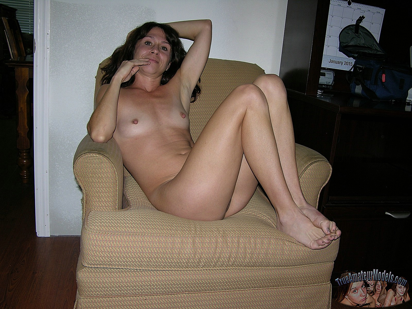 nude-in-chair | True Amateur Models