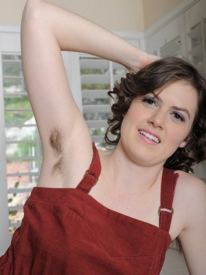 Fur covered Legged Housewife Stretches To Show Her Hairy Beaver