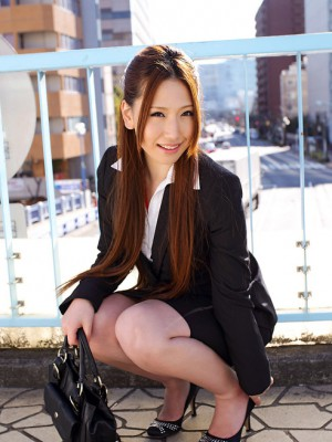 Ai Sayama Oriental takes workplace match off and shows leering forms