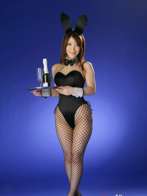 Sakura Kokomi Oriental takes bunny ensemble off and appears outstanding