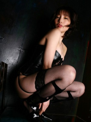 Yuuri Morishita with hot soles has big hooters in exudate corset