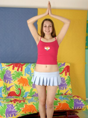 Pretty lustful teen girl likes dancing around in the in nature's garb