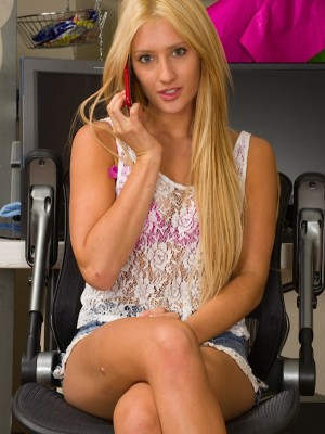 Stunning golden-haired babe Addison Ryder fingers pussy.