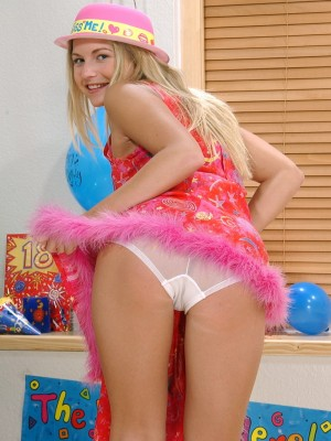 Party girl Jana craves to play with you