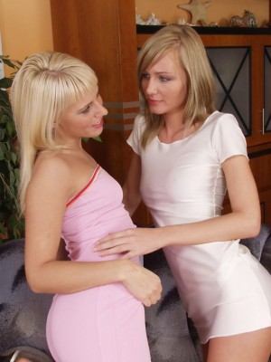 Watch these 2 blond sweethearts get into each other