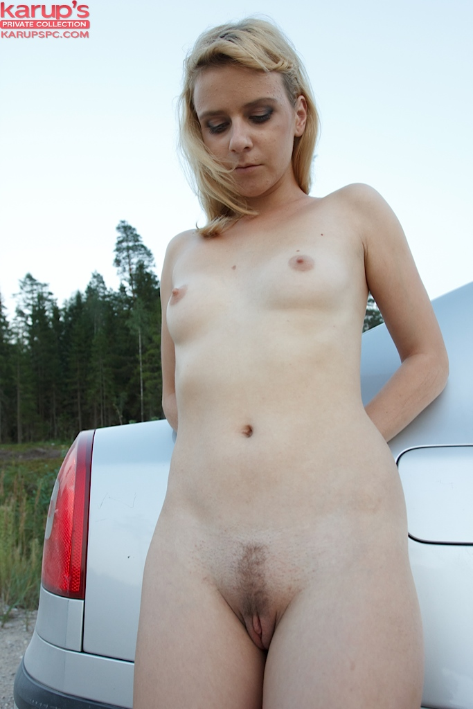 sexy-blond-amy-shangela-fingered-on-her-car-10