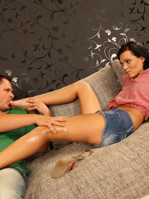 Sexy babe Emma gets screwed on the sofa.