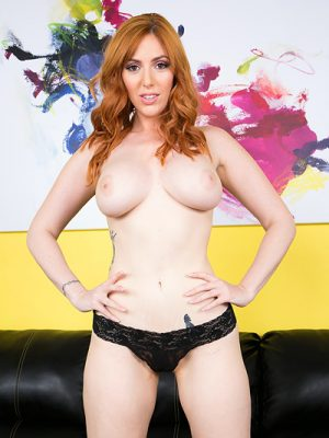 Red Head Lauren Phillips LIVE